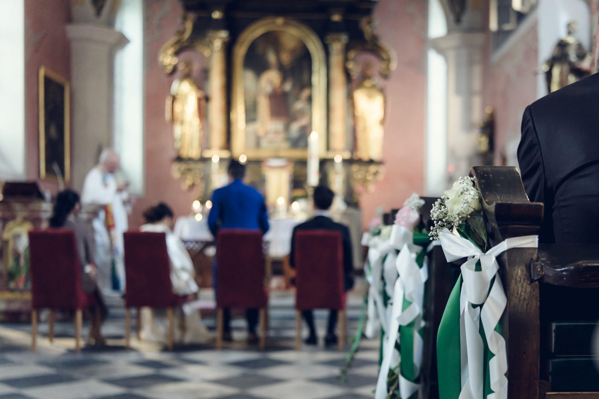 Hochzeit Kircheninnenaufnahme